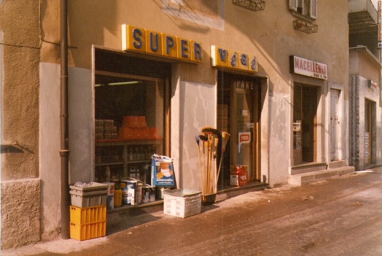 Foto storica della salumeria Bonicelli